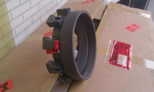 HYTRANS 250mm / 10 inch Multilug adaptor screw fitting.